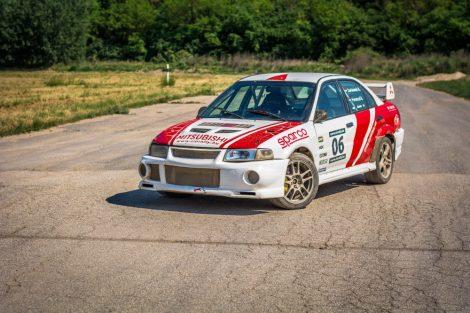 4 körös Mitsubishi Lancer EVO rally autó élményvezetés - Black Friday